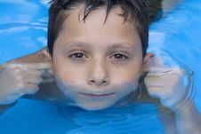 Free Young Boy In Pool Stock Photography - 6031952