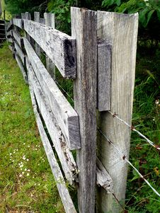 Free Farm Fencing Stock Photography - 6032532
