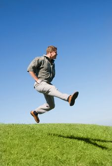 Free Happy Jumping Man Outdoor Royalty Free Stock Photography - 6032587