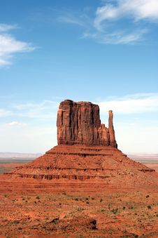 Free A Butte In Monument Valley Utah / Arizona Stock Photos - 6034733