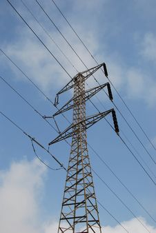 Free Electrical Pylon Royalty Free Stock Photos - 6037368