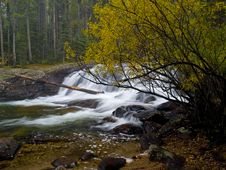 Free Autumn And Waterfall Royalty Free Stock Photography - 6038577