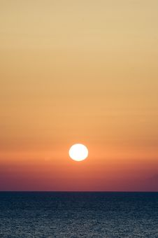 Free Dawn On The Black Sea Royalty Free Stock Photo - 6038585