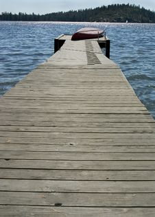 Free Old Boat Dock Royalty Free Stock Photo - 6040005