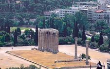 Free The Temple Of Olympian Zeus Royalty Free Stock Photos - 6040978