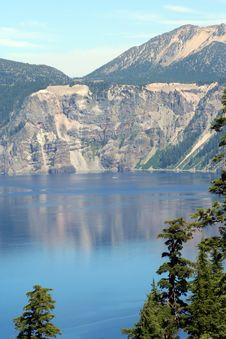 Free Crater Lake Stock Images - 6041484