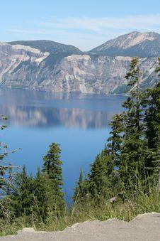 Free Crater Lake Stock Image - 6041581