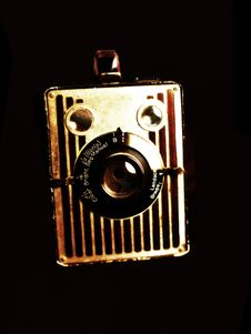 Free Old Camera Stock Photography - 6045772
