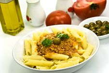Free Spaghetti Bolognese With Parmesan Cheese And Olive Stock Photos - 6046863