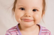Free Smiling Girl Royalty Free Stock Images - 6048449