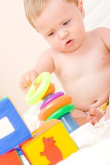 Free Cute Little Boy With Cubes Toy Royalty Free Stock Photo - 6048615