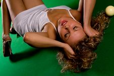 Free Laying On Green Snooker Table Royalty Free Stock Photography - 6049837