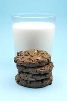 Free Milk And Cookies Stock Images - 6050284