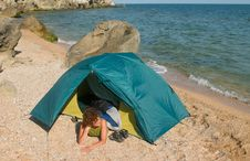 Free Tent On Sea Beach And Girl Stock Photos - 6052273