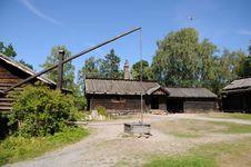Free Farmhouse Yard Stock Photo - 6053200