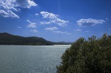 Free Lake Royalty Free Stock Photos - 6057908