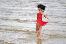 Free Happy Woman Dancing On The Beach Royalty Free Stock Photo - 6061575