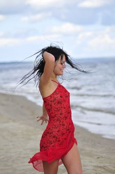 Free Happy Woman Dancing On The Beach Royalty Free Stock Photo - 6061615