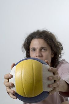 Free Man Holding Volleyball - Vertical Royalty Free Stock Photos - 6063128