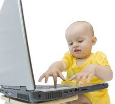 Free Babygirl With Laptop Stock Images - 6066564