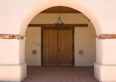 Free Spanish Mission Doorway Royalty Free Stock Photography - 6066947