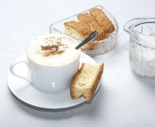 Coffee In White Cup With Rusk Royalty Free Stock Photos