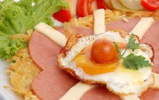 Fried Potatoes And Salame Royalty Free Stock Image