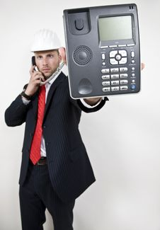Free Male Displaying Phone Royalty Free Stock Photography - 6075097