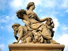 Free Classical French Sculpture Stock Photography - 6077602