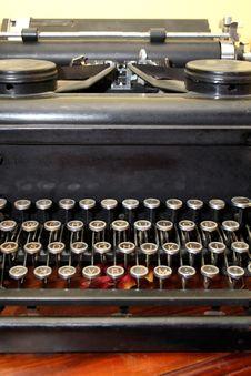 Free Antique Typewriter Stock Image - 6078301