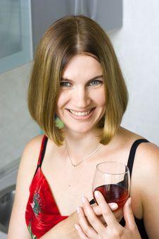 Free Woman On Kitchen Royalty Free Stock Photos - 6078938