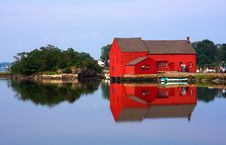 Free Red Barn Royalty Free Stock Images - 6079629