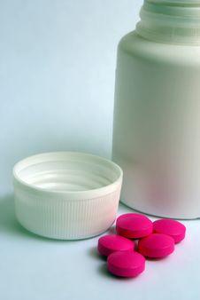 Free Pills Royalty Free Stock Photo - 6079705