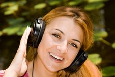 Free Music Girl Royalty Free Stock Photo - 6079805