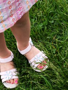 Free 3 Year Old Girl's Pedicure In Dress Sandals Stock Photos - 6081993