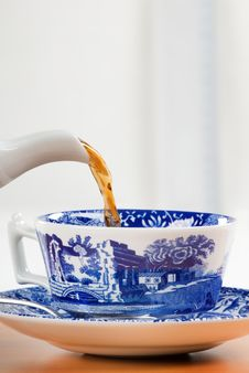Free Pouring A Cup Of Tea Stock Photo - 6084330