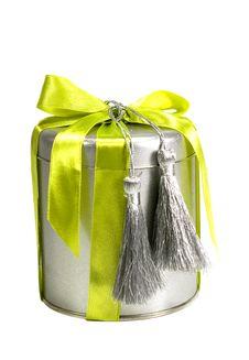 Free Metal Gift Box Royalty Free Stock Photos - 6084338