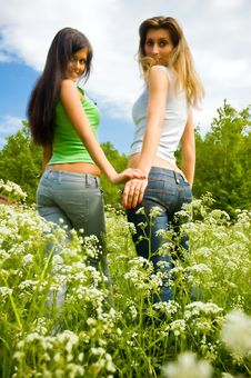 Free Two Girls On A Meadow Stock Photos - 6085573