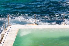 Free Pool And Ocean Stock Photo - 6090190