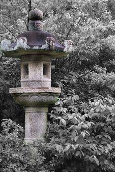 Free Japanese Pillar Accent Royalty Free Stock Image - 6090196