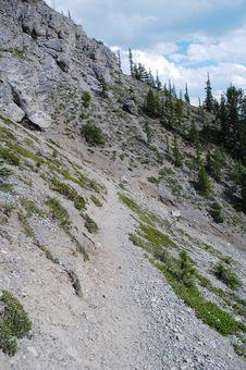 Free Steep Hiking Trail Royalty Free Stock Photos - 6091158