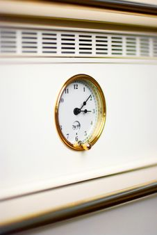 Free Oven Clock In Modern Kitchen Royalty Free Stock Photos - 6092048