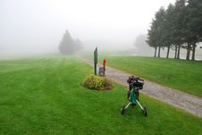 Free Foggy Morning Golf Stock Images - 6092394