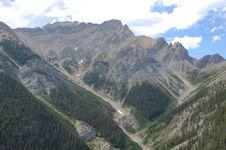 Free Mountain Peaks Royalty Free Stock Photos - 6095128