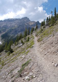 Free Hiking Trail In Rocky Mountains Royalty Free Stock Photos - 6095168