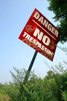Free No Trespassing Royalty Free Stock Photography - 6095797