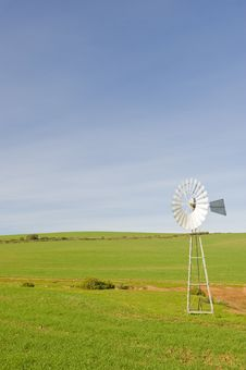 Free Traditional Windmill In A Green Pasture Royalty Free Stock Photography - 6096457
