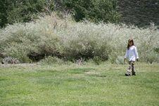 Free Child Walking Stock Images - 6096804
