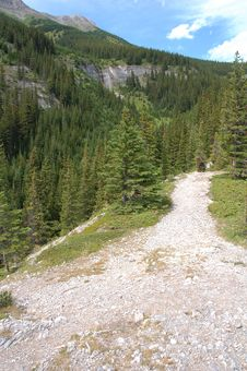 Free Alpine Hiking Trail Stock Photography - 6098702