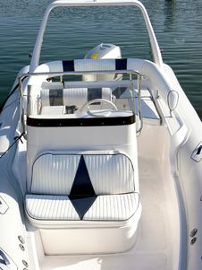 Free White Motor Boat Detail Royalty Free Stock Photography - 6099137
